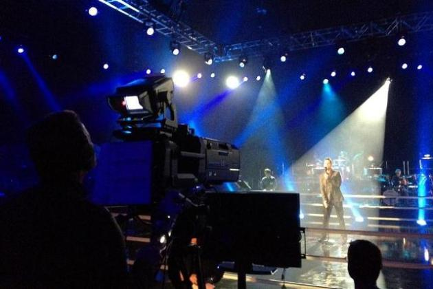 Chris Mann rehearsing for PBS special